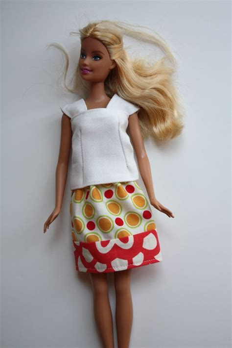 pattern for barbie doll jeans 46 best images about free barbie sewing patterns on pinterest