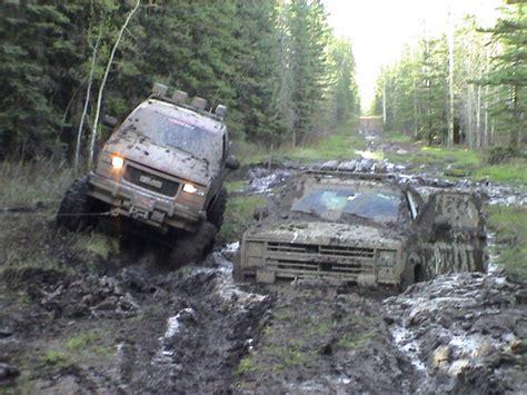 mud truck wallpaper chevy truck mudding wallpapers www pixshark com images