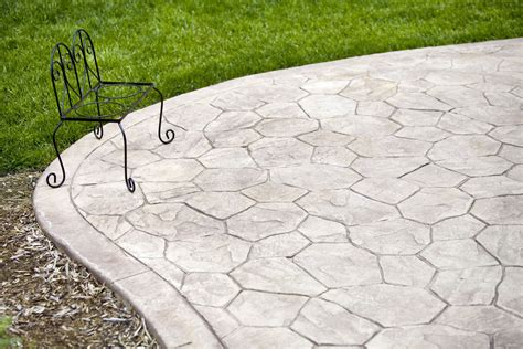 Easy Patio Pavers Use Concrete Pavers For Easy Patios