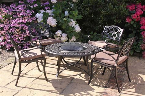 Firepit Table And Chairs Pit Table Chairs Pit Design Ideas