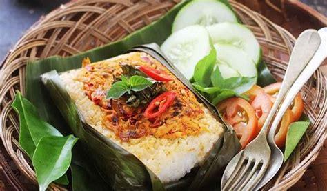 resep makan siang lezat  nasi bakar gurih isi ayam
