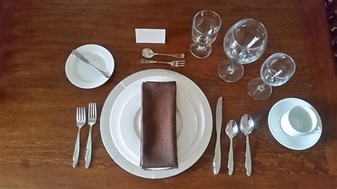 casual table setting 57 informal table setting table setting 101 sophie