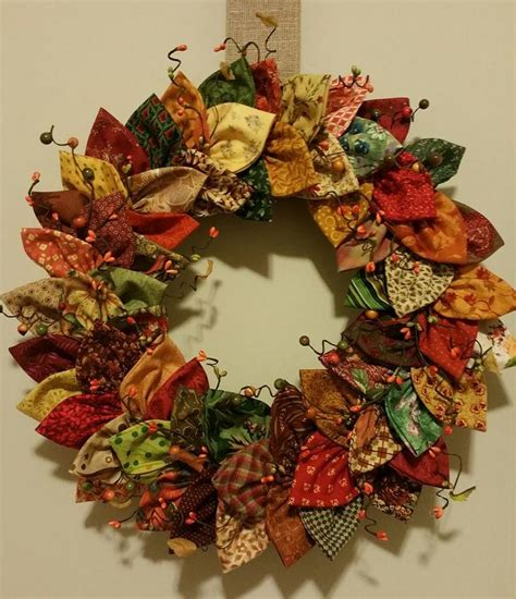 Pattern For Fabric Wreath | 17 best images about fold and stitch on pinterest sewing