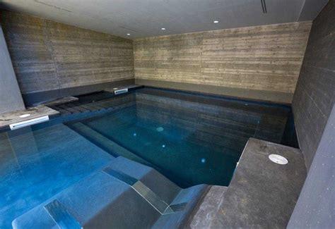 piscina interna casa relax in piscina
