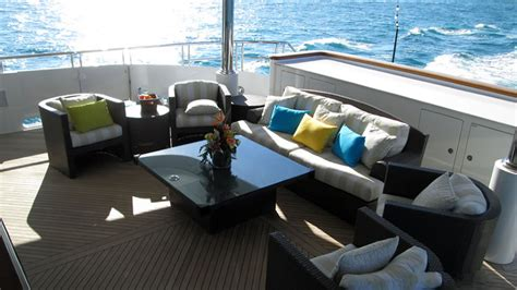 bravo boat show rent eros yacht from the show below deck on bravo private
