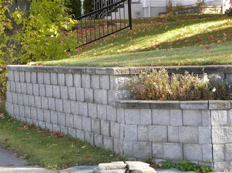 The Abc S Of Retaining Walls And How To Build Them Cinder Block Garden Wall