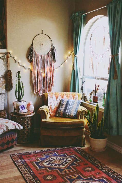 hippie living room decor best 25 hippie living room ideas on bohemian bedroom diy bohemian room decor and