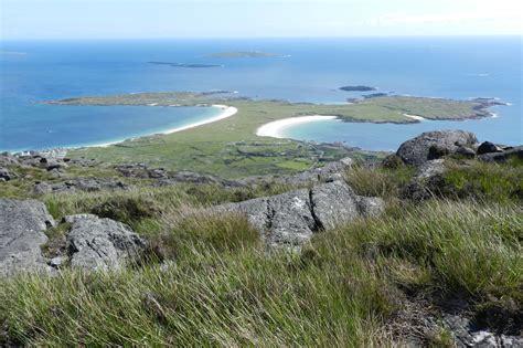 dogs bay connemara beaches kylemore pass hotel