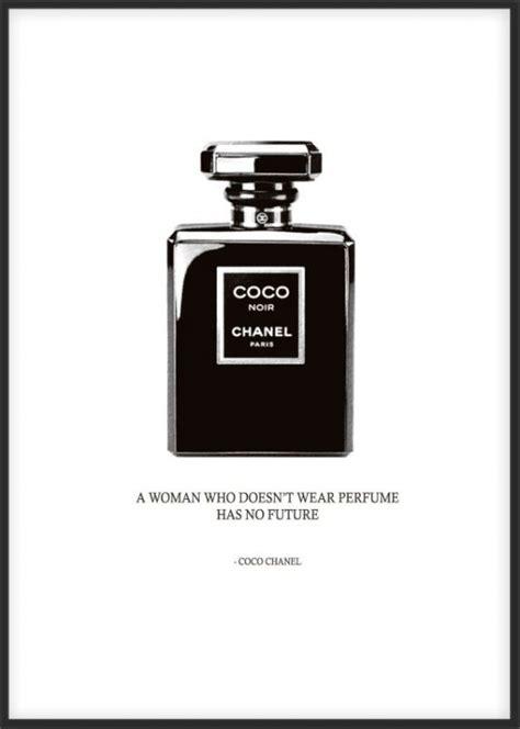 chanel poster parfymeflaske perfume bottle svartvitt