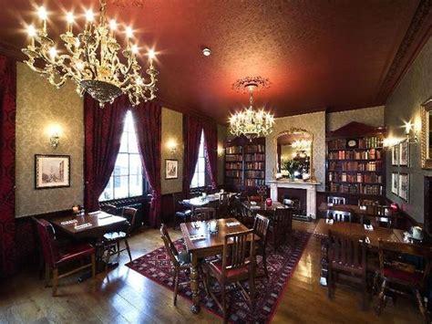 star tavern bars  pubs  belgravia london