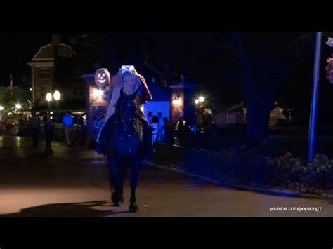 headless horseman  mickeys   scary halloween