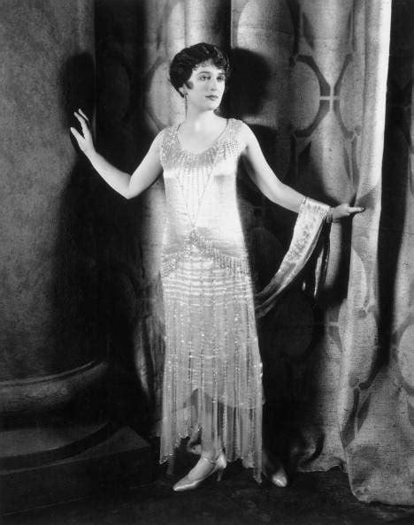 Clara Chandelier 1920s Fashion