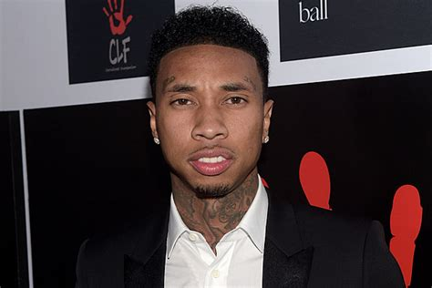 tyga s tyga s crew accused of assaulting edm group cash cash