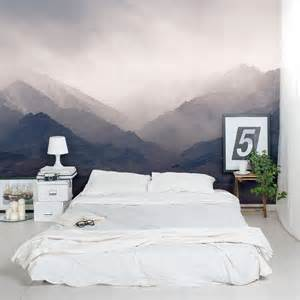 bedroom wall l dessin montagne stylis 233 en couleur pour d 233 corer les murs