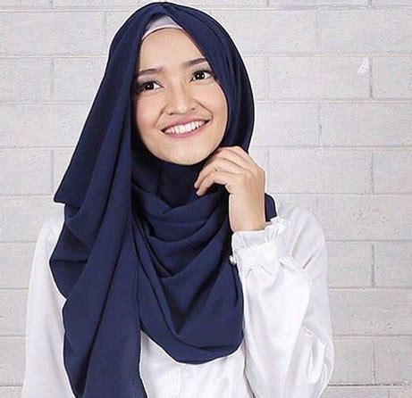 Jilbab Instant Squeena 7 jilbab instan untuk kamu yang ng gak suka ribet