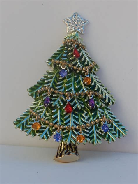 shimmering garland avon christmas tree pin brooch dangling