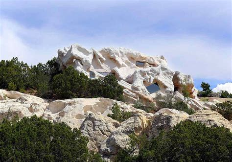 new mexico house camouflage cliff house in new mexico boasts unexpected