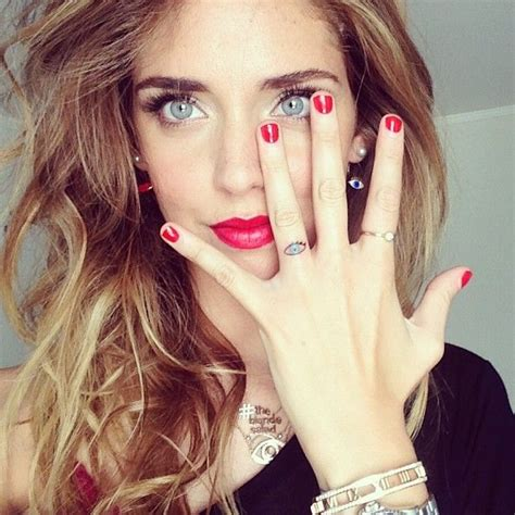 chiara ferragni tattoos pin by ahmet mert mertroi izcan on accessory