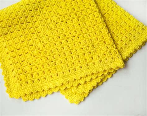 gelbe decke einfache h 228 kelmuster gesucht 15 ideen f 252 r originelle