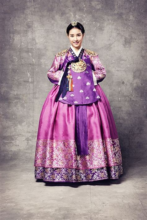 pattern korean dress 한복 hanbok korean traditional clothes so pretty i love