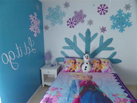 Frozen theme bedrooms party invitations ideas