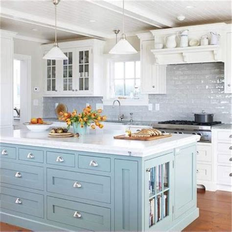 coastal design tips quot beachy quot kitchen decor