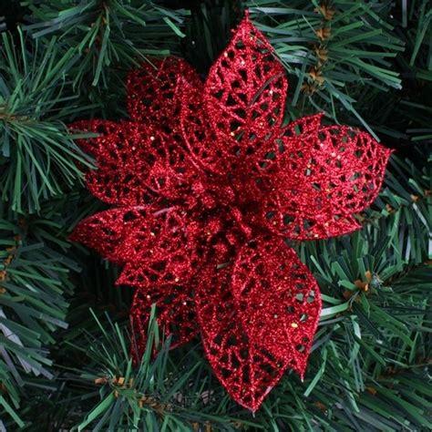 fiori a stella stella di natale come usarla per le decorazioni natalizie