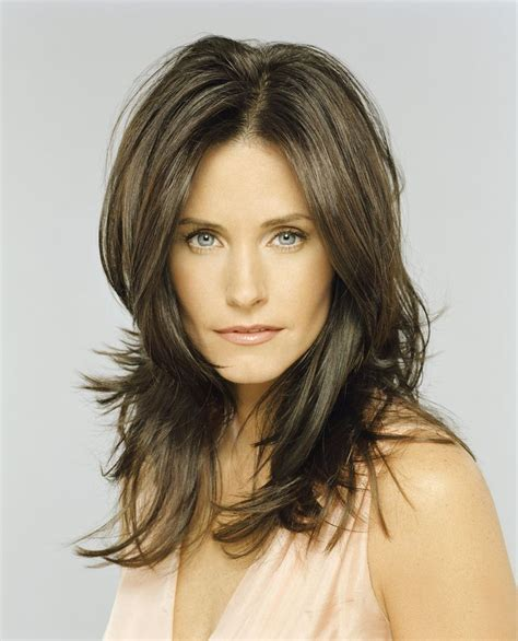 images of the rachel hairstyle these photos prove that courteney cox just gets hotter