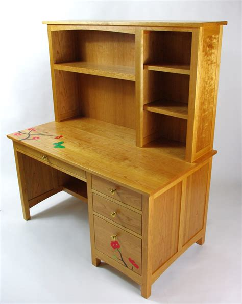 Cherry Desk With Hutch Cherry Desk With Hutch And Decorative Inlay Rugged Cross Woodworking