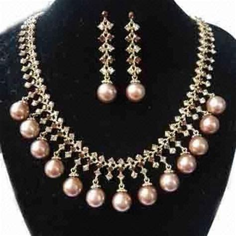 costume jewelry gold jewellery