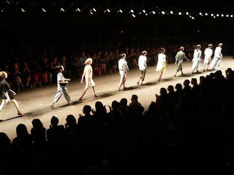 Works 2 B Free Catwalk by Yigal Azrouel Fashion Show Yigal Azrouel Fashion Show At