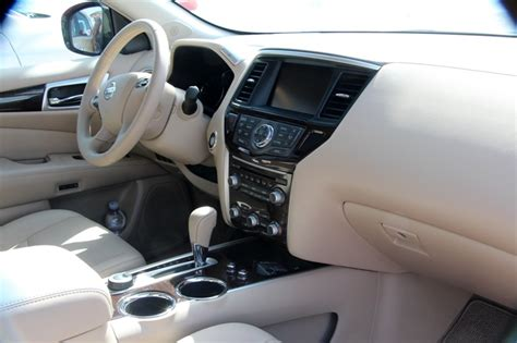 2014 Nissan Pathfinder Interior by 2014 Nissan Pathfinder S Interior Top Auto Magazine