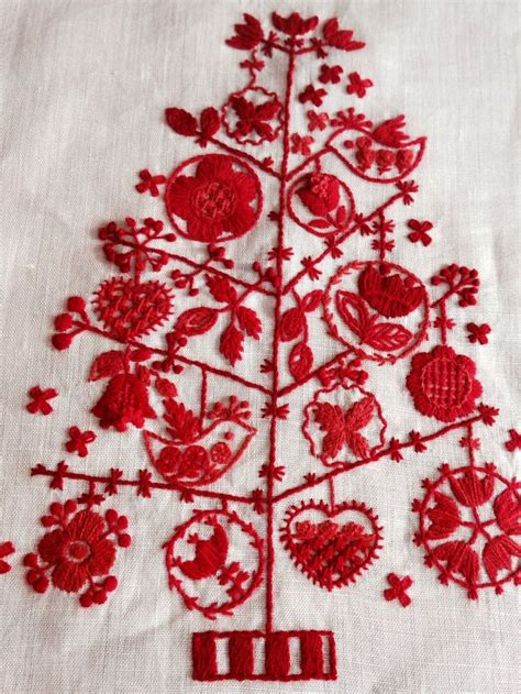 embroidery design nottingham 193 best images about crewel world on pinterest