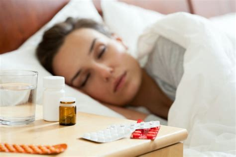 how long before bed should you take melatonin melatonin for insomnia does it really work