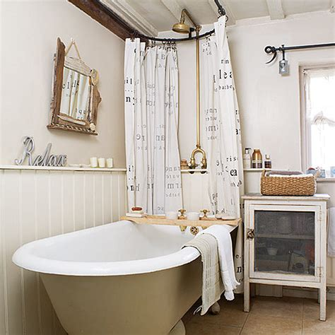 Country Cottage Bathroom Ideas by Cottage Of The Week Country Cottage Home Bunch