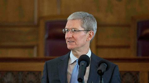 apple ceo apple ceo publicly acknowledges he s gay the times of israel