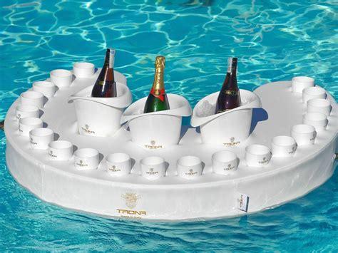 spa pool floating bar backyard design ideas