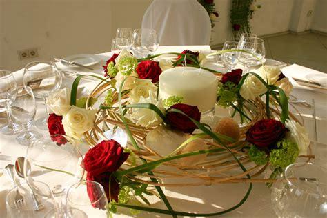 Blumendekoration Hochzeit by Die Straussbar Florale Konzepte Hochzeit