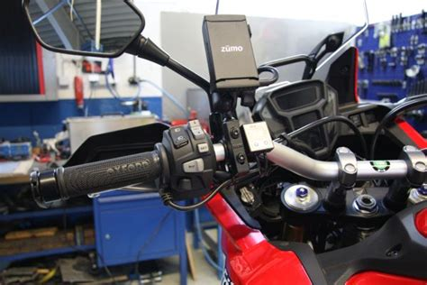honda crf  africa twin  chain lube systems