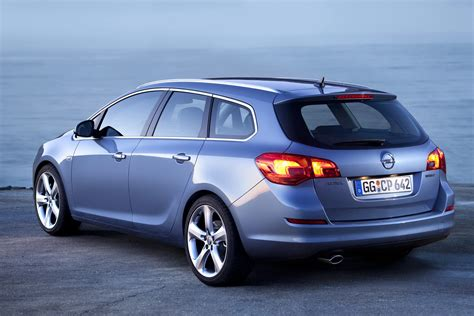 opel astra 2015 2015 opel astra j sports tourer pictures information