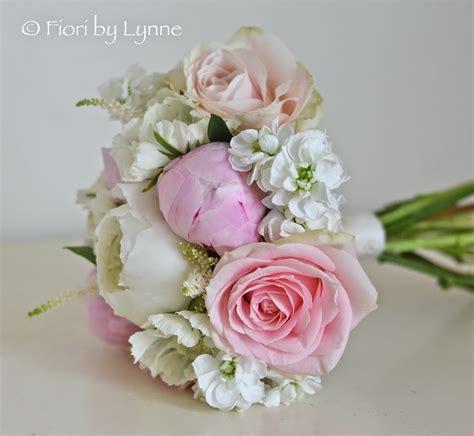 June Wedding Flower Ideas by Wedding Flowers June 2014