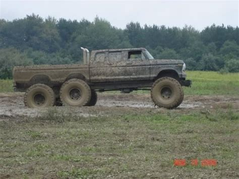 monster truck mudding videos image gallery monster trucks mudding