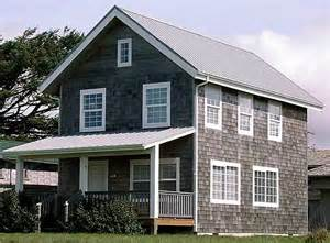 Simple Farmhouse Floor Plans by Universal 20 Wide 2 Story Cottage Plans