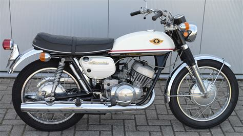 Suzuki 350 Motorcycle Suzuki T 350 R Pics Specs And List Of Seriess By Year