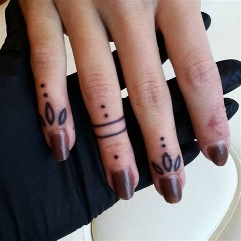tattoo on finger small 25 best ideas about finger tattoos on pinterest small