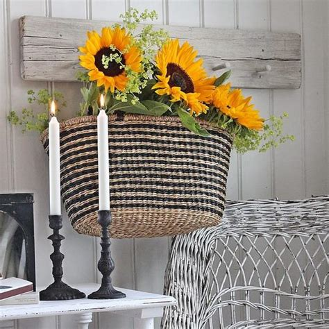 Sunflowers Decorations Home by 25 Sunny Flower Arrangements Making Great Yard Decorations