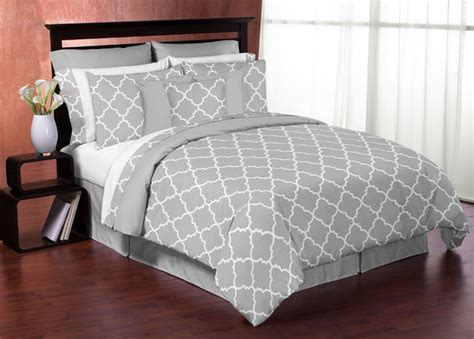 grey and white comforter set queen gray white trellis print queen size bed in bag comforter
