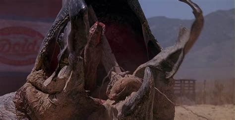Film Giant Worms | tremors monster awareness month