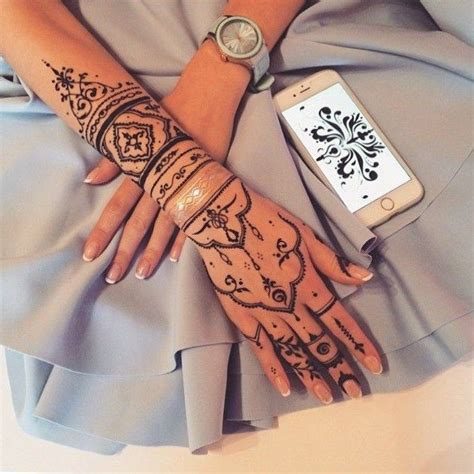 where can u get a henna tattoo best 25 thigh tattoos ideas on