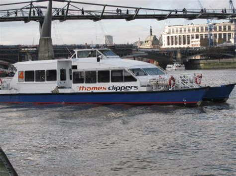thames clipper tate to tate guide to thames clippers